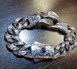 Серебряный браслет с сапфиром